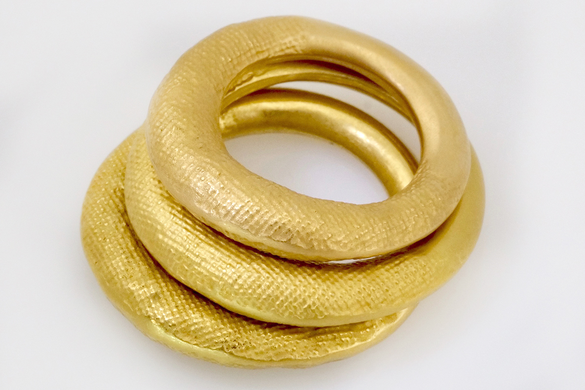 Trauringe NADA in 917 Gold designed by Regina Schütz